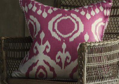 23183-volcano-paradise-cushion-lifestyle