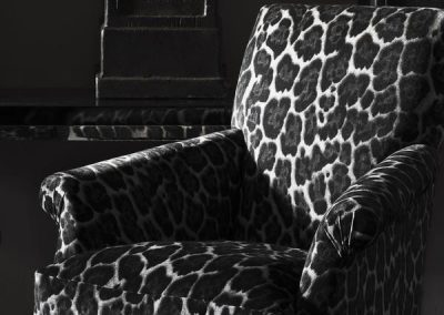 25475-bruce-swivel-chairs-upholstered-in-barbarella-smoke-printed-velvet-with-a-black-lacquer-console